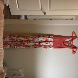 Mudd peach colored maxi dress